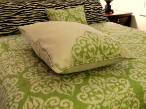 Zebra print with lime damask bedding ensamble.